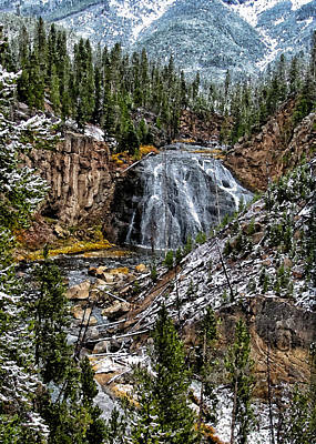 Yellowstone Digital Art - Yellowstone Freeze by Kathleen Bishop