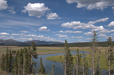 Photograph - Yellowstone River Through The Hayden Valley by Frank Madia