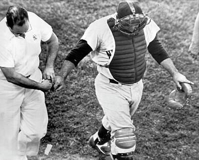 Yogi Berra Photograph - Yogi Berra Looses Finger Nail by Underwood Archives