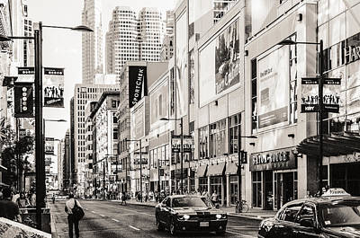 Grain Photograph - Yonge Street by Arkady Kunysz