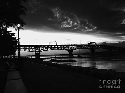 Photograph - Yorktown Storm by Linda Mesibov