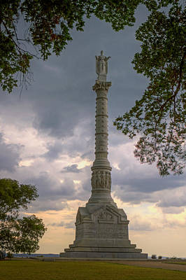 Photograph - Yorktown Victory Monument by Jerry Gammon