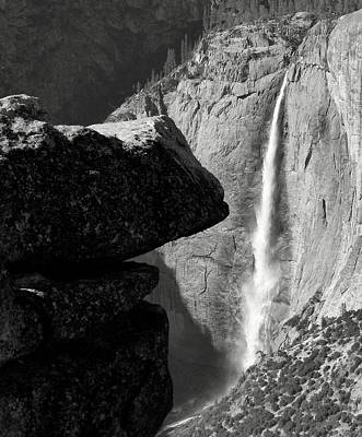 Photograph - Yosemite Falls by Jeff Lowe