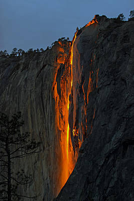 Art Print featuring the photograph Yosemite Horsetail Falls by Duncan Selby