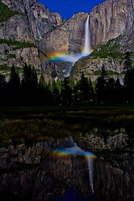 Water Falls Photograph - Yosemite Moonbow by John McGraw