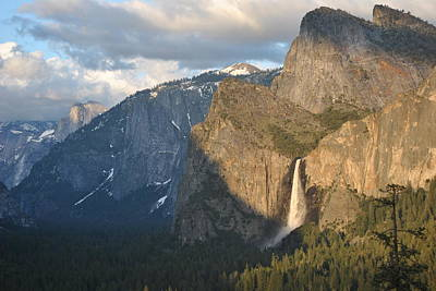 Photograph - Yosemite National Park Tunnel View Pt 16 by Jeff Brunton
