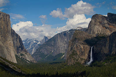 Photograph - Yosemite On A Perfect Day by Robert Woodward