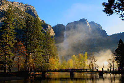 Yosemite River Mist Art Print