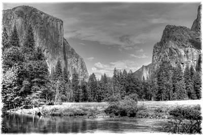 Yosemite Valley Art Print by Geraldine Alexander
