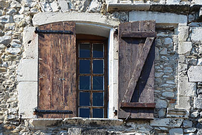 Photograph - Z Window In Viviers France by Carla Parris
