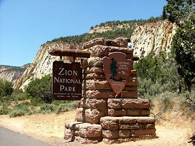Zion National Park Mixed Media - Zion N P 1 by Nelson Skinner