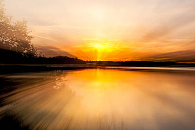 Zoom-in Sunset Original by Joel  Bourgoin