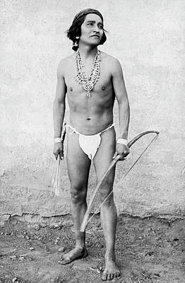Zuni Photograph - Zuni Marathon Racer by Underwood Archives