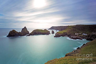 Contre-jour Photograph -  Kynance Cove Coutre-jour Le by Richard Thomas