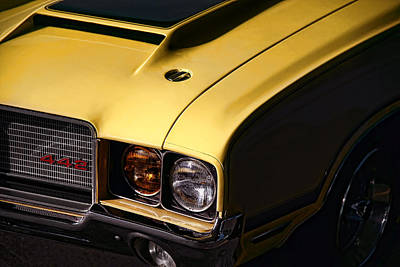Photograph - 1972 Oldsmobile Cutlass 442 by Gordon Dean II