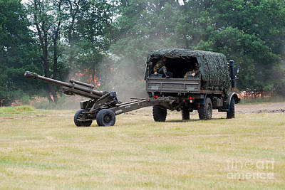 Juan Bosco Forest Animals Royalty Free Images - A Belgian Artillery Unit Setting Royalty-Free Image by Luc De Jaeger