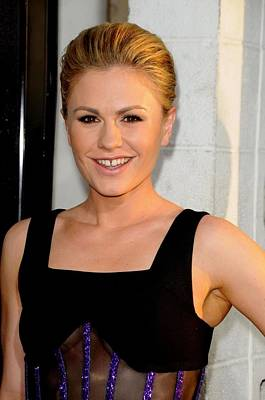Anna Paquin At Arrivals For True Blood Art Print
