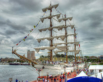 Photograph - Arm Cuauhtemoc 5 by Mark Dodd