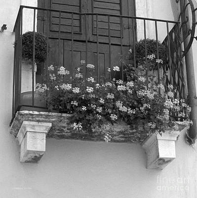 Artists And Artisans Photograph - Artisan's Balcony by Gordon Wood