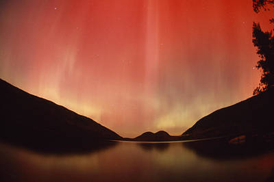 Aurora Borealis Over Jordan Pond Art Print by Michael Melford