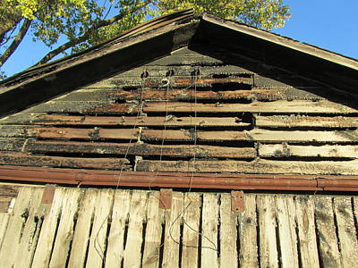 Photograph - Barn-14 by Todd Sherlock