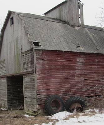 Photograph - Barn-25 by Todd Sherlock