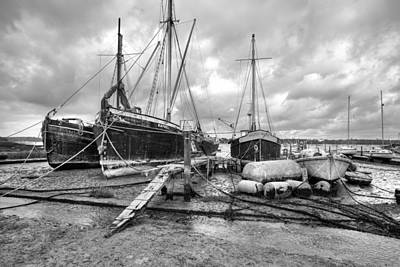 Photograph - Boats On The Hard Pin Mill by Gary Eason