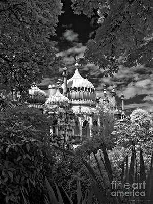 Brighton Royal Pavilion - Infrared Art Print