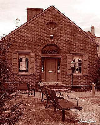 Photograph - Chamber Of Commerce Elkton Md by Lorraine Louwerse