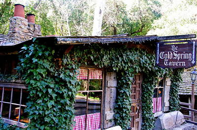 Photograph - Cold Spring Tavern by Jeff Lowe