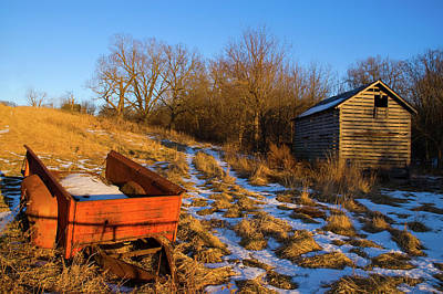 Photograph - Corn Crib And Wagon by Steve Stuller
