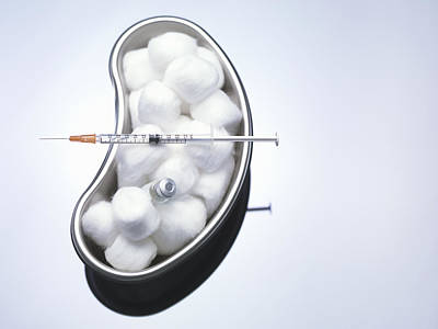 Healthcare And Medicine Photograph - Cotton Balls And Syringe In Kidney Bowl by Cultura Science/Rafe Swan
