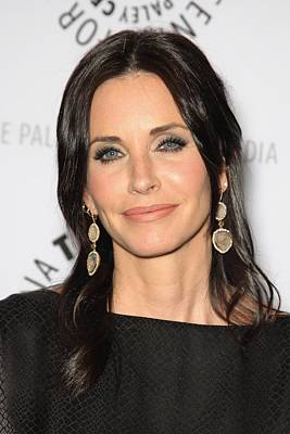Saban Theatre Photograph - Courteney Cox In Attendance For Cougar by Everett
