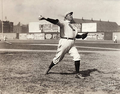 Cy Young (1867-1955) Art Print by Granger