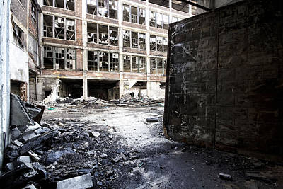 Detroit Abandoned Buildings Art Print by Joe Gee
