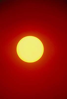 Whole Sun Photograph - Disc Of The Sun At Sunset by David Nunuk