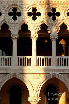 Photograph - Doges Palace by Brian Jannsen