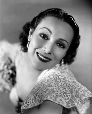 Del Rio Photograph - Dolores Del Rio, 1934 by Everett