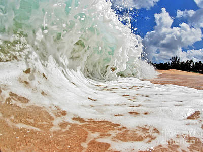 Power Photograph - Frothy by Paul Topp