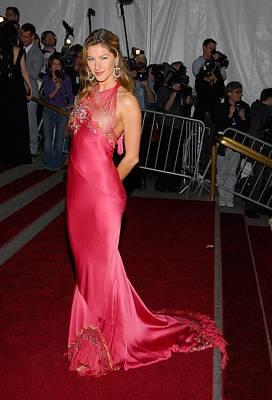 Gisele Bundchen Photograph - Gisele Bundchen Wearing Dior Haute by Everett