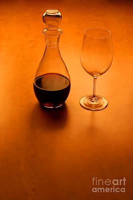 Glas And Wine  Print by Kristian Peetz