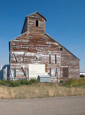 Photograph - Grain Elevator by Fran Riley