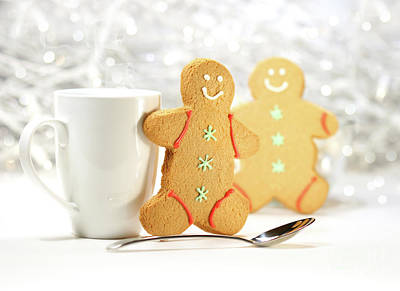 Hot Holiday Drink With Gingerbread Cookies  Print by Sandra Cunningham