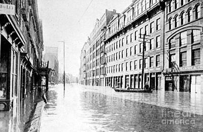 Hudson River Flood, 1913 Art Print by Science Source