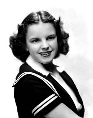Judy Photograph - Judy Garland, Portrait by Everett