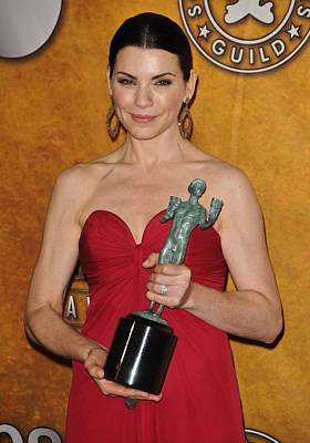 Bestofredcarpet Photograph - Julianna Margulies In The Press Room by Everett
