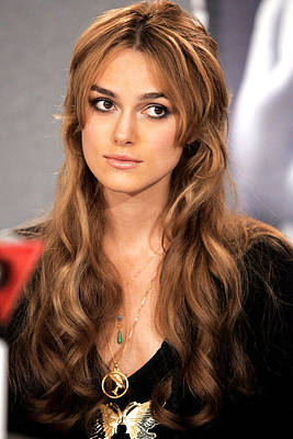 Charm Necklace Photograph - Keira Knightley At The Press Conference by Everett
