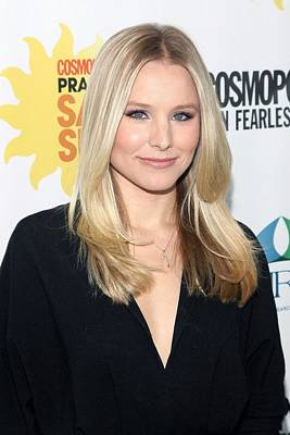 Kristen Bell At Arrivals For Cosmos Art Print by Everett