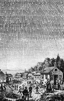 Leonid Meteor Shower Print by Science Source