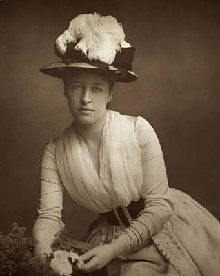 Lillie Langtry (1852-1929) Print by Granger